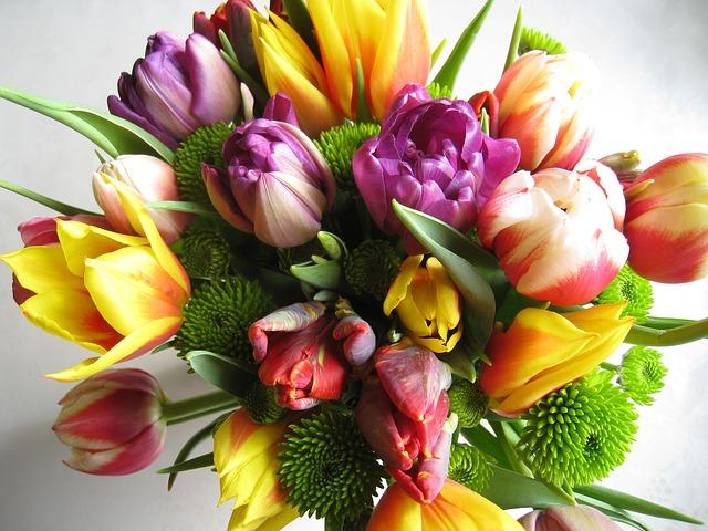 bouquet-85161_640